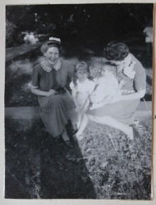 Margaret in Georgia with Ellen Cowart (holding baby Rosamund)