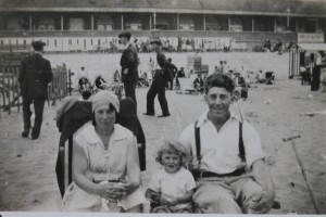 Mr and Mrs Bradley, with Sylvia as a child
